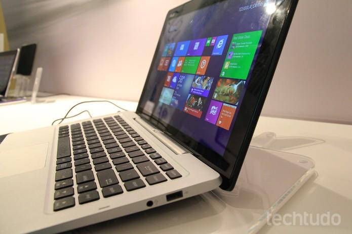 Um dos sistemas operacionais compatíveis com o Transformer Book Duet é o Windows 8.1 (Foto: Monique Mansur/TechTudo)