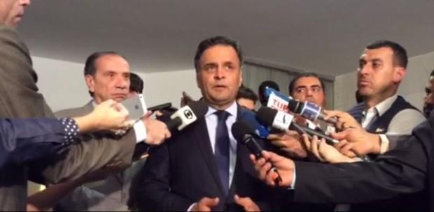 Aécio Neves informa que viajará à Venezuela para pedir libertação de presos políticos (Foto: Reprodução / Twitter)