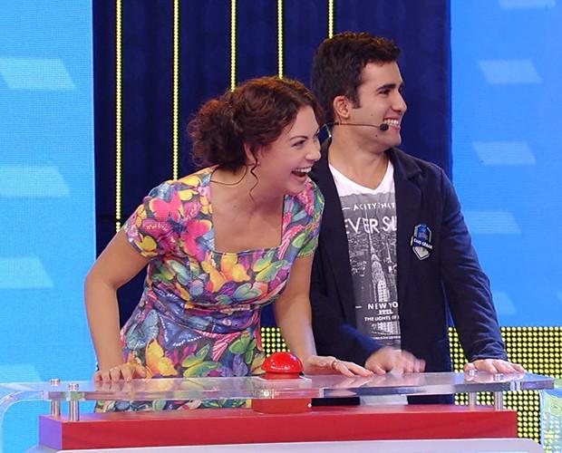 Fabiula Nascimento ajudou o participante Caio (Foto: TV Globo)