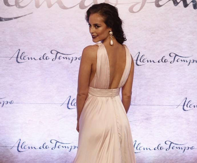 A atriz esbanja beleza (Foto: Inácio Moraes/Gshow)