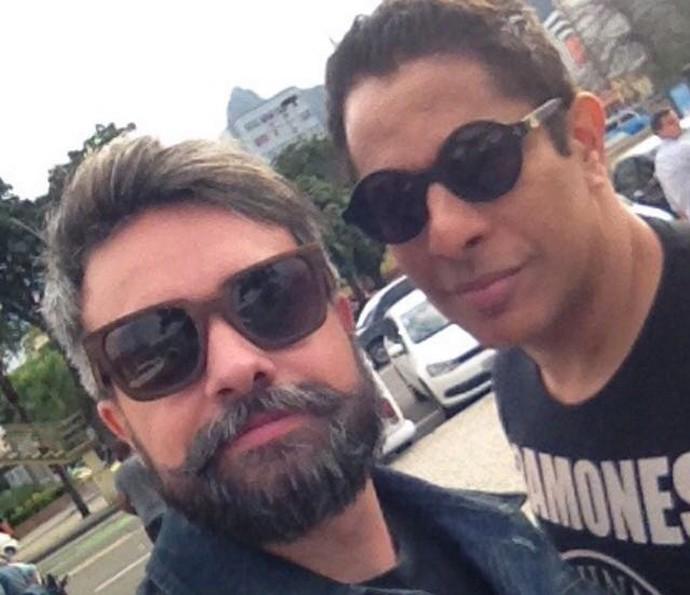 Márcio Kieling e Luka Ribeiro nos bastidores de 'Sol Nascente' (Foto: Arquivo pessoal)