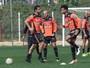 Zaga reserva vira sinal de alerta para  o Atlético-MG no duelo com o Vitória