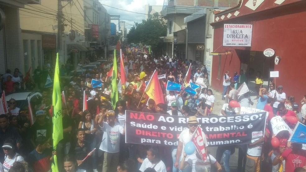Manifestação em Teófilo Otoni (Foto: José Antônio Guedes/Arquivo Pessoal)