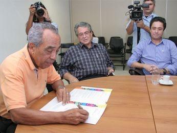 João Alves oficializa local do Pré Caju em 2014 (Foto: Sergio Silva / AAN)
