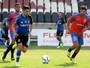 Com Eder Luis em campo, Vasco empata jogo-treino com o Gonçalense