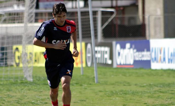 Lucio Flavio correndo (Foto: Douglas Trevisan / Divulgação Paraná)