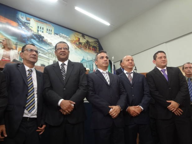 Composição do novo grupo diretor da CMB para o biênio 2012-2013. (Foto: Luana Laboissiere/G1)