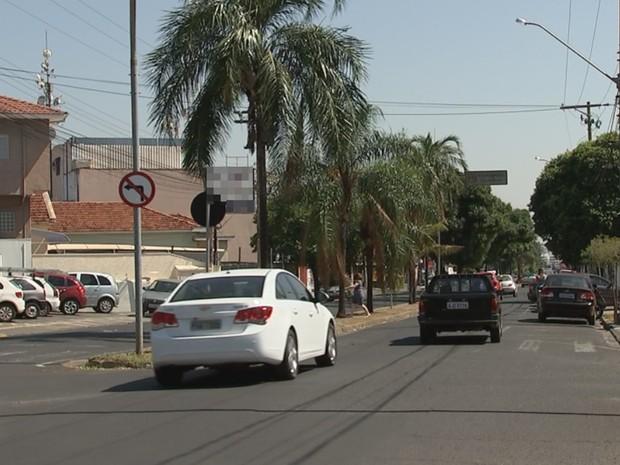 Avenida Potirendaba, onde mulher foi raptada (Foto: Reprodução / TV TEM)