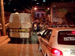 Quatro são baleados na Região de Venda Nova, na capital mineira (Foto: Reprodução/TV Globo)