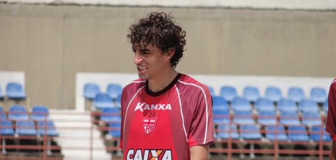 Clebinho CRB (Foto: Leonardo Freire/GloboEsporte.com)