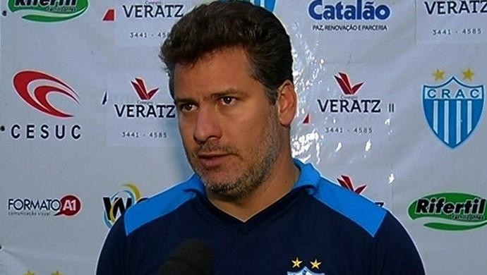 Júlio Sérgio, técnico do Crac (Foto: Reprodução / TV Anhanguera)