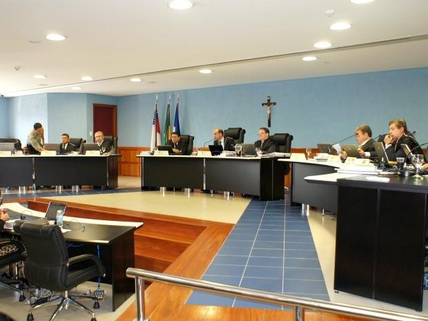 TCE/AM condenou os prefeitos dos municípios de Rio Preta da Eva e Nhamundá a devolver R$ 45 mil aos cofres públicos (Foto: Divulgação/Assessoria TCE/AM)