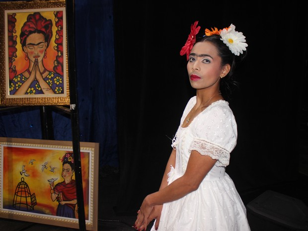 A detenta Elida Silva representou a pintora Frida Kahlo (Foto: Ellyo Teixeira/G1)