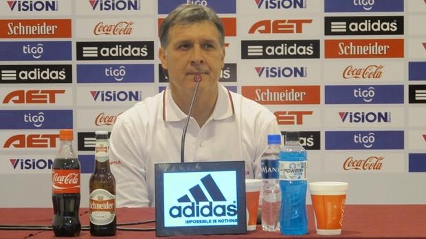 Gerardo Martino, técnico Paraguai (Foto: Julyana Travaglia/GLOBOESPORTE.COM)