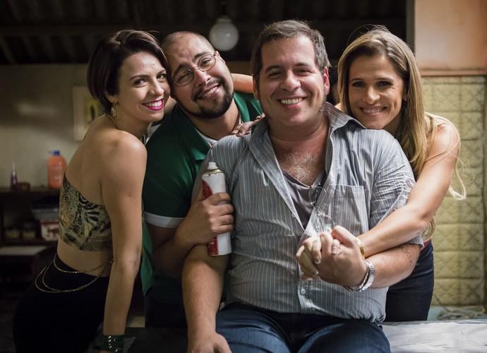 Josy (Renata Gaspar), Fran (Tiago Abravanel), Genésio (Leandro Hassum) e Marlene (Ingrid Guimarães) durante a gravação (Foto: Tata Barreto/ TV Globo)