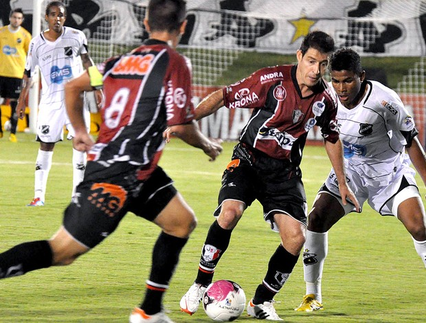 Ramon na partida do Joinville contra o ABC (Foto: Frankie Marcone / Futura Press)