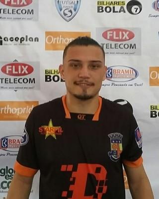 Destaque da partida foi Juninho, que marcou três gols e comandou a vitória de Mendes (Foto: Max Coelho/TV Rio Sul)