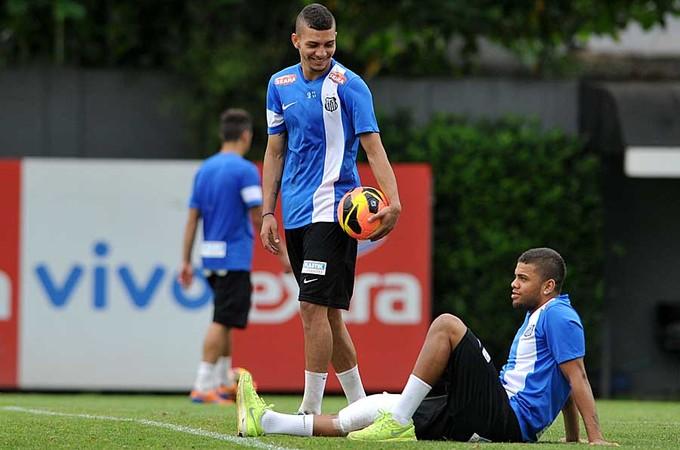 Alison Paulo Henrique Santos (Foto: Ivan Storti/Divulgação Santos FC)