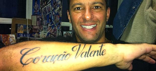 Washington tatua apelido no braço (Foto: Reprodução / Twitter)