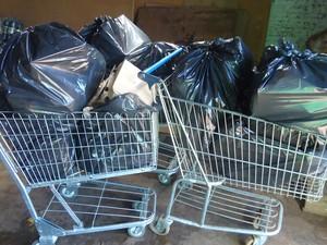 Carnes apreendidas estavam fora do prazo de validade e com outras irregularidades (Foto: Divulgação/Ascom MPE)