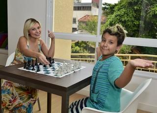 Andressa Urach com o filho Arthur (Foto: Roberto Teixeira / Ego)