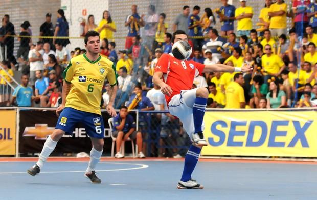 Brasil, de Jackson, vence o Chile pelo Sul-Americano de Futsal (Foto: Luciano Bergamaschi/CBFS)