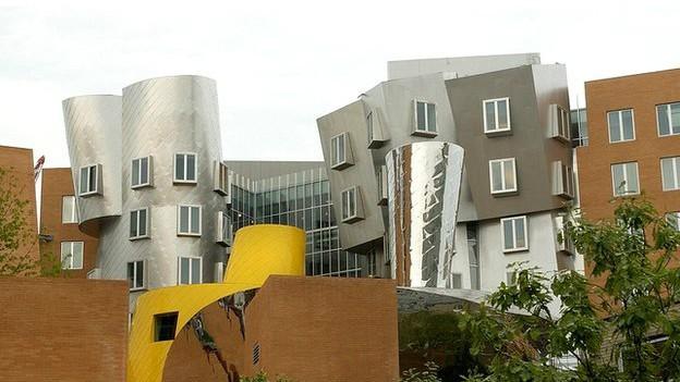 O Instituto de Tecnologia de Massachusetts (MIT) apareceu como a melhor universidade pelo 3º ano (Foto: BBC/Reprodução)