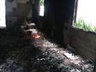 Fogo destrói duas casas de chácara do prefeito de Balneário Piçarras, SC