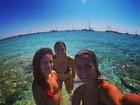 Paula Morais posa de biquíni em férias na Espanha