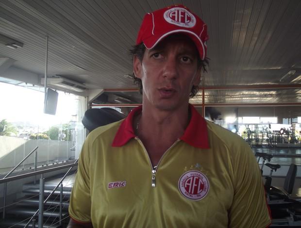 Alexandre Irineu, novo técnico do América-RN (Foto: Tiago Menezes)