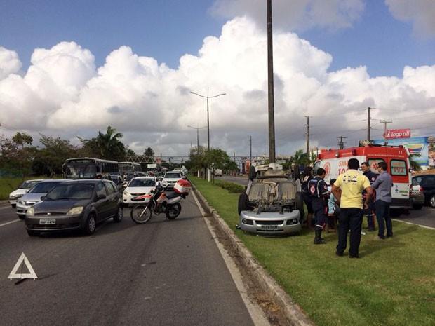 Acidente aconteceu por volta das 7h desta quarta-feira (27) (Foto: Matheus Magalhães/Inter TV Cabugi)