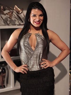Ex-dançarina do É o Tchan! interpreta prostituta traficada (Foto: Salve Jorge / TV Globo)