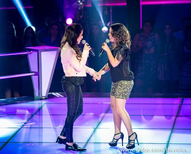 Bruna e Maysa no palco do The Voice Brasil (Foto: Isabella Pinheiro/TV Globo)