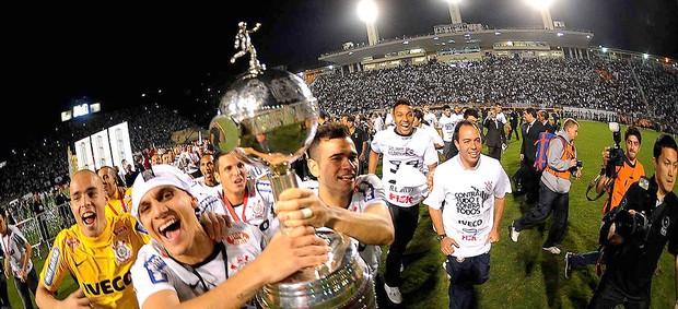 5f80f22250 Histórico e invicto  o caminho do Timão até o título da Libertadores ...