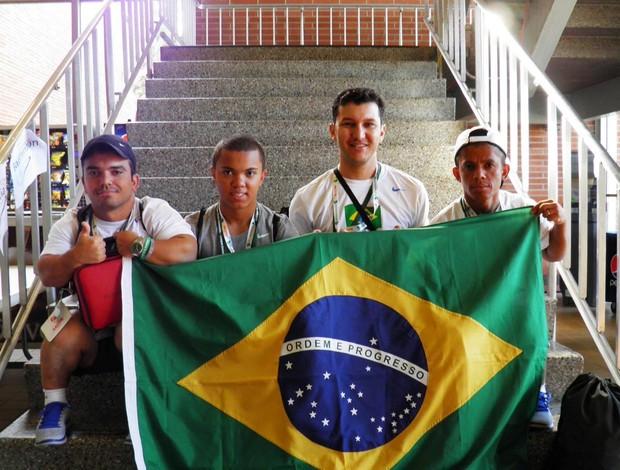 Atletas de halterofilismo anões de Uberlândia participam do Campeonato Mundial de Anões  (Foto: FUTEL/Divulgação)