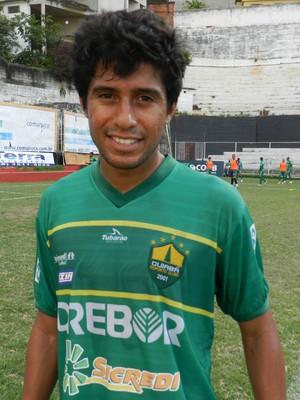 Raphael Luz, jogador do Cuiabá (Foto: William Herkenhoff Lima/Revista Sport News)