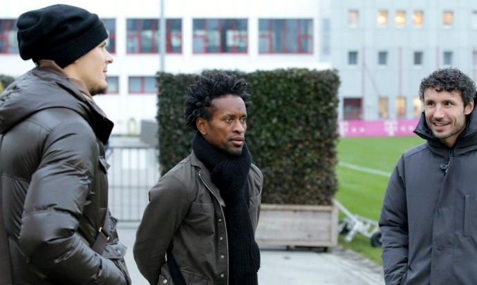Zé Roberto visita Bayern de Munique (Foto: Reprodução / Facebook)