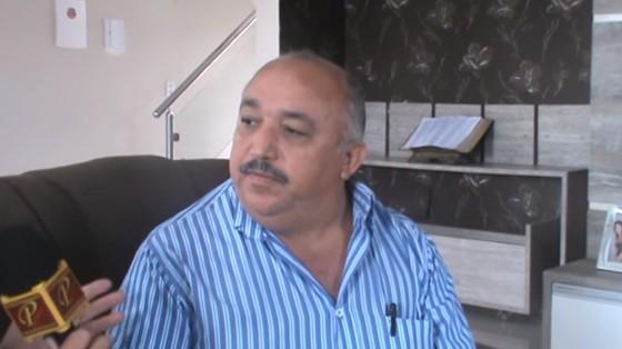 O ex-prefeito de Ouro Branco (AL), Atevaldo Cabral Silva (PMDB) (Foto: Reprodução/Youtube)