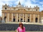 Marina Ruy Barbosa posa no Vaticano durante viagem de férias