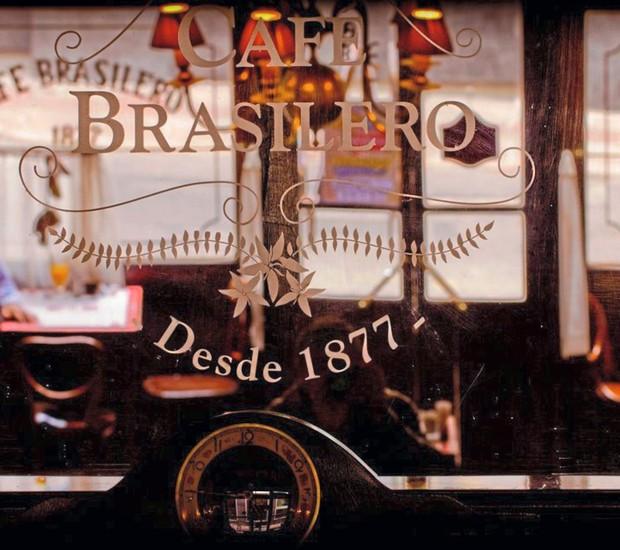 Café Brasilero, uma instituição de Montevidéu, era o preferido do escritor Eduardo Galeano (Foto: Divulgação)