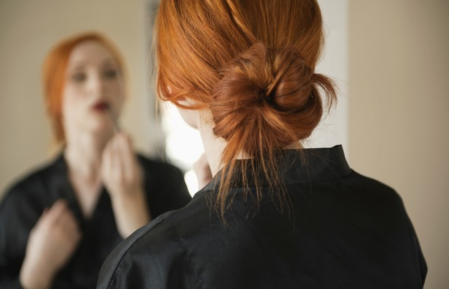 "Um coque resolve um ""bad hair day"" (Foto: Think Stock)"
