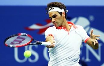 Federer quase aplica pneu e liquida belga em 1h20 para avançar em NY