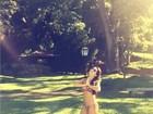 Fernanda Souza comemora aumento de seguidores com GIF de biquíni
