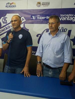 Oliveira Canindé e Carlos Kila (Foto: Augusto Oliveira / GloboEsporte.com)