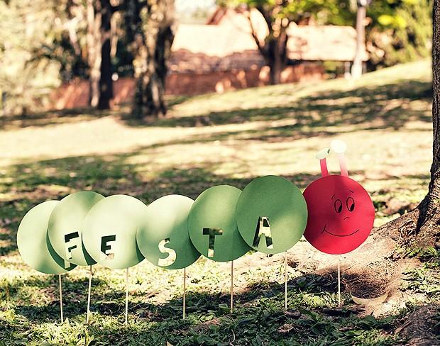 Balõezinhos formam uma centopeia  (Foto: Elisa Correa/Editora Globo)