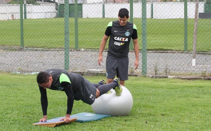 Helder treino Coritiba (Foto: Divulgação Coritiba)