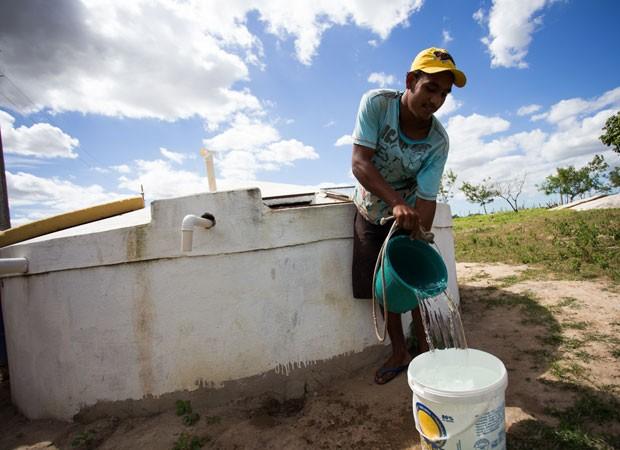 Resultado de imagem para Chuvas enchem de esperança beneficiários de cisternas em Alagoas