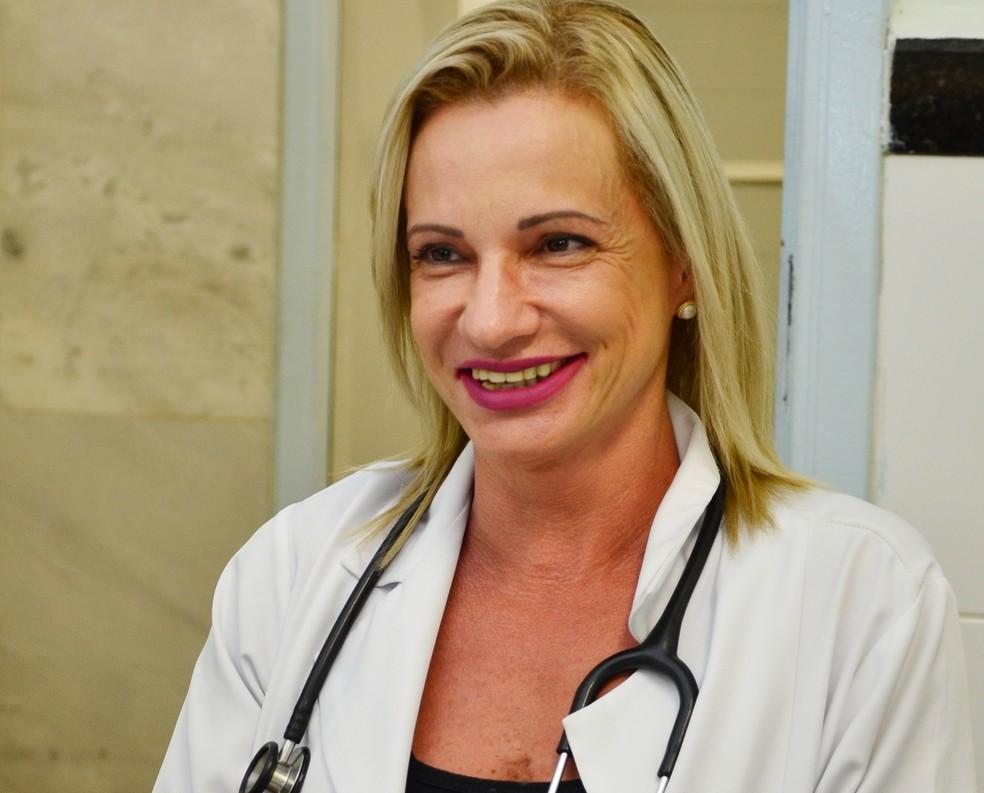 Claudia Zanella foi afastada das atividades em hospital de Praia Grande, SP (Foto: Divulgação )