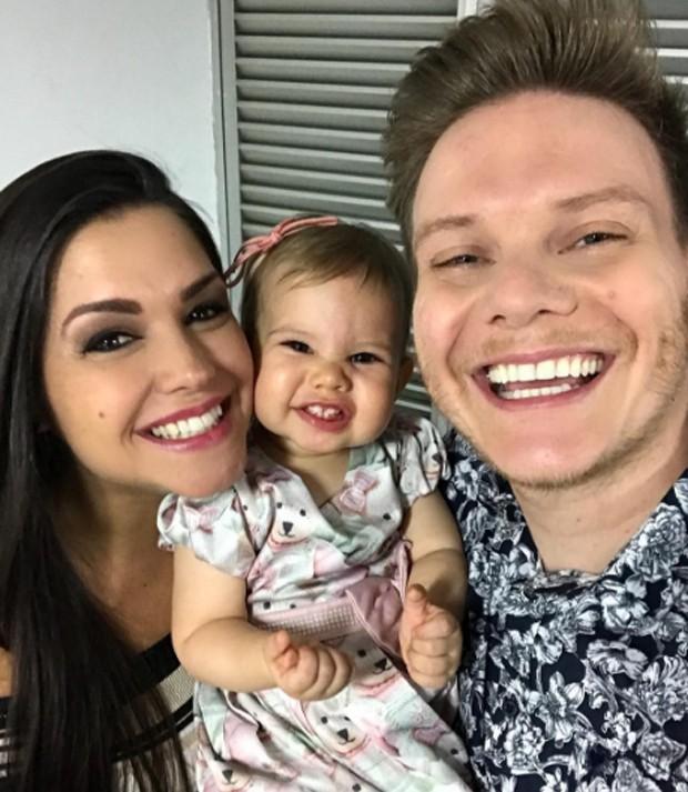 Thais Fersoza, Melinda e Michel Teló (Foto: Reprodução/Instagram)