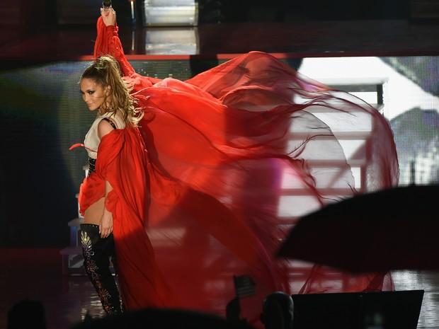 Jennifer Lopez em show em Miami, nos Estados Unidos (Foto: Gustavo Caballero / Getty Images/ AFP)